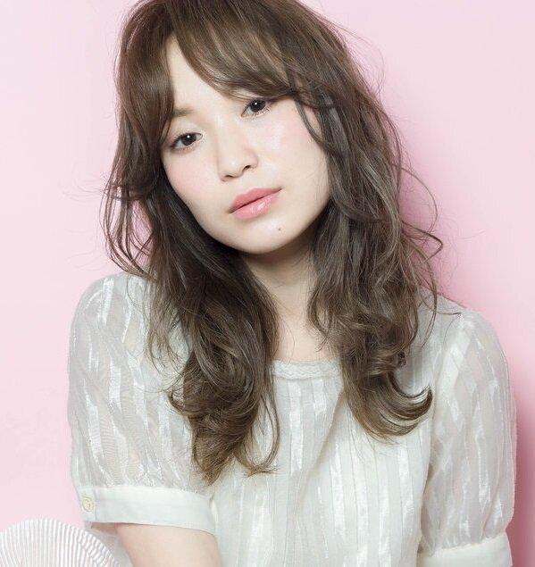 女優・松本まりかさん風になれる!ヘルシーな色気をもつ大人かわいいヘアスタイル大全