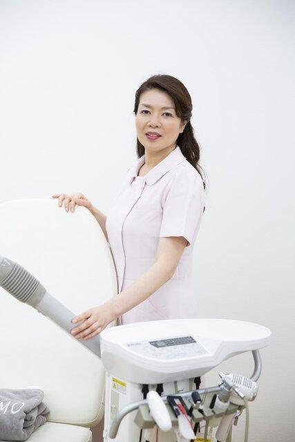 タカラ美容専門学校副校長 小林正美先生