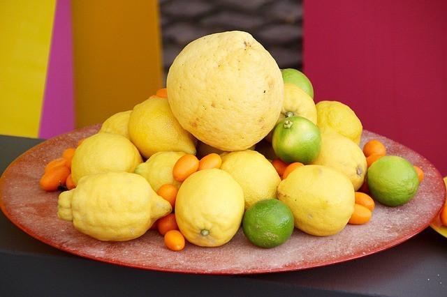 Free photo: Lemons, Lime, Citrus Fruits, Yellow - Free Image on Pixabay - 1405448 (1312)