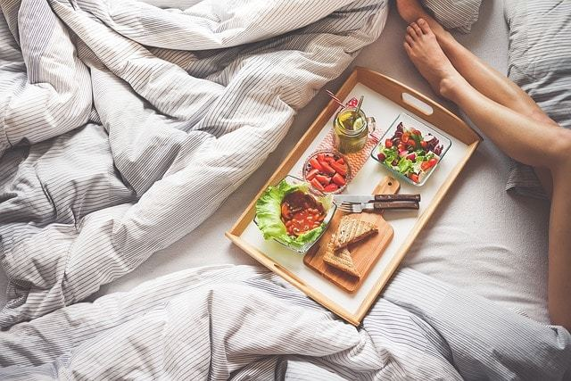 Free photo: Adult, Bed, Bread, Chopping Board - Free Image on Pixabay - 1867769 (4069)