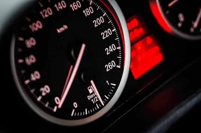 Free photo: Speed, Car, Vehicle, Drive - Free Image on Pixabay - 1249610 (5762)
