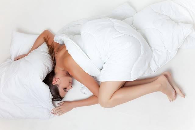 Free photo: Bed, Sleep, Rest, Girl, White - Free Image on Pixabay - 945881 (6587)