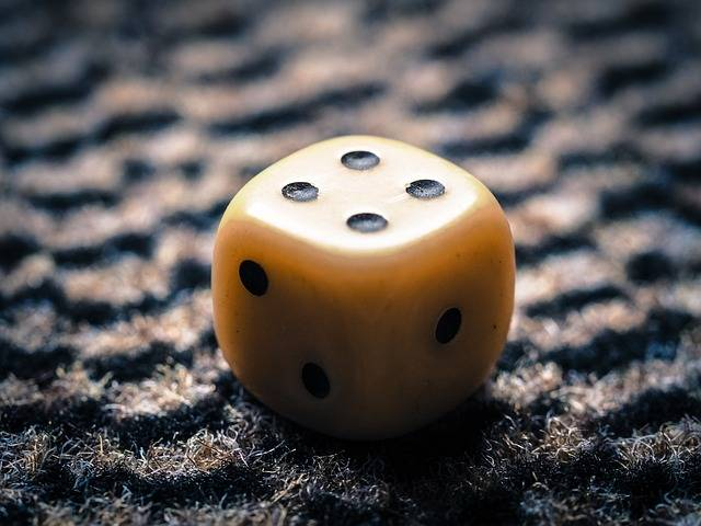 Free photo: Cube, Four, Roll The Dice - Free Image on Pixabay - 949116 (7153)