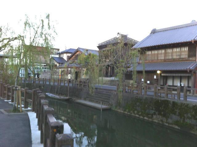 小野川と佐原の町並み