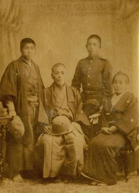 昨年発見された斎藤一と家族の写真