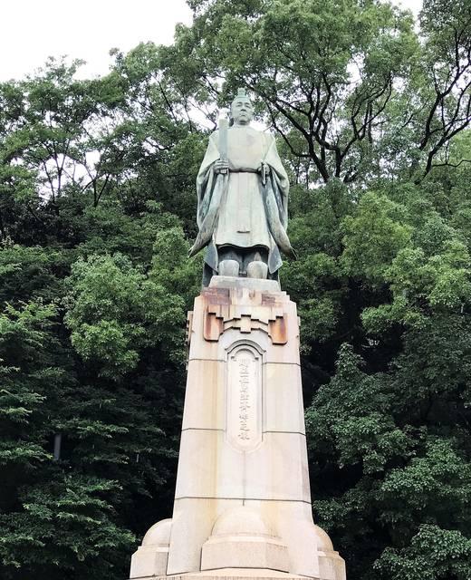 島津斉彬公銅像(照国神社)