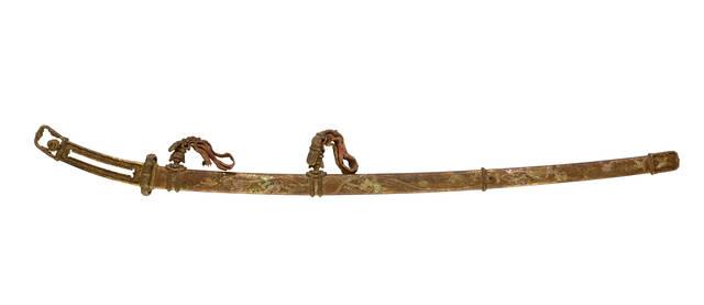 国宝「金地螺鈿毛抜形太刀」