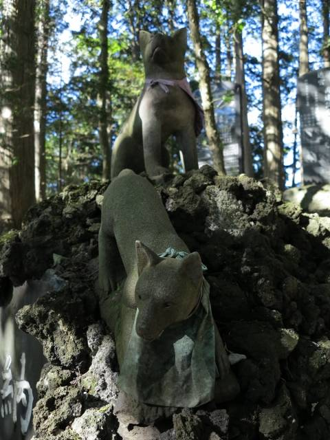 三峯神社の狛犬