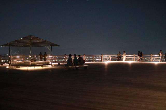 夜の青龍殿大舞台