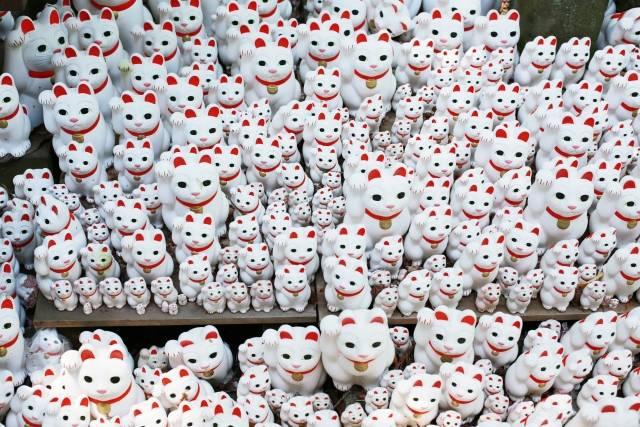 豪徳寺に奉納された「招福猫児」