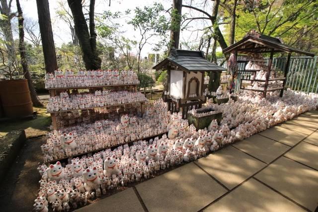 招福殿の横にある「招福猫奉納所」