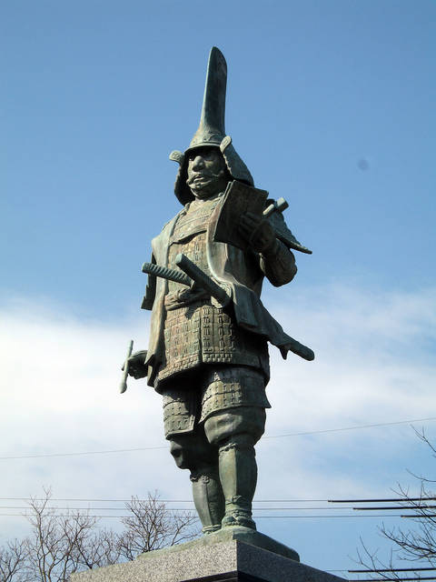 蒲生氏郷の銅像(滋賀県蒲生郡)