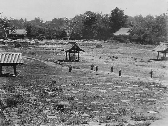 上野戦争後の上野を写したとされる写真