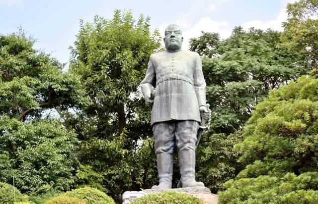 西郷隆盛銅像(鹿児島県鹿児島市)