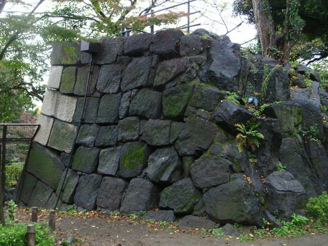 江戸城四谷見附の石垣