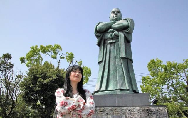 西郷公園の西郷像は日本一の大きさ!