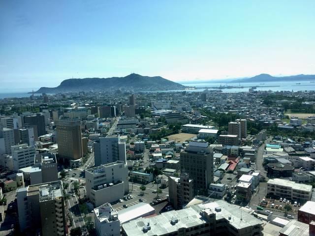 五稜郭タワーからの函館山