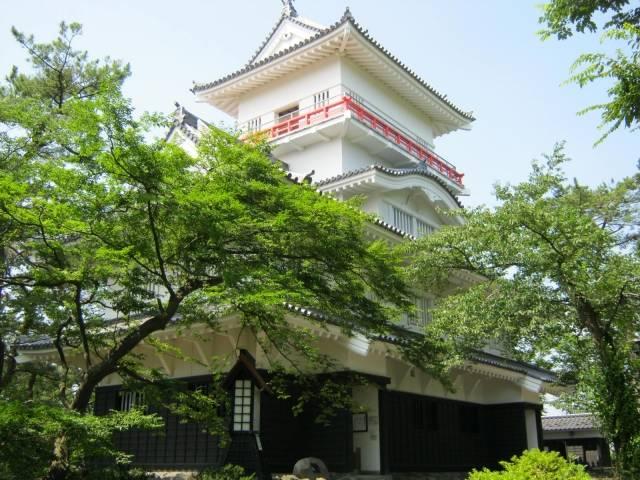 義宣が築城した久保田城の御隅櫓(復元)。天守がないのは...