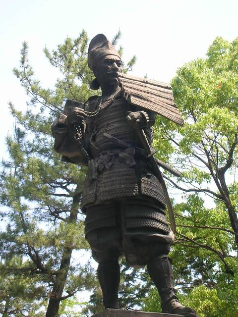 清洲城の信長像