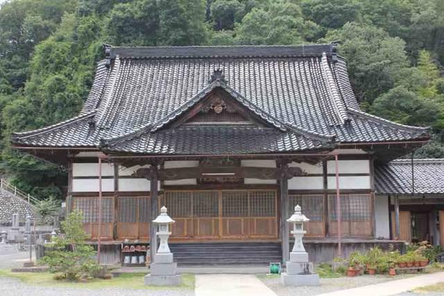 峠を越えて身を寄せた西念寺