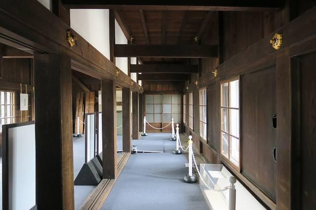 【東大手門内の様子】平成29年に東大手門修復完成記念で...