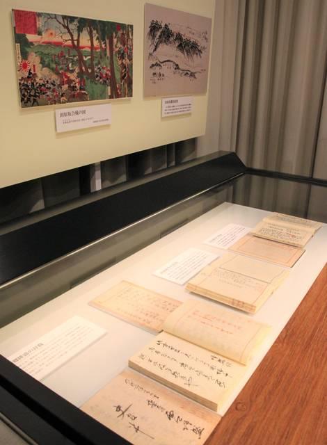 西郷の辞職に関する資料や、西南戦争の勃発・終結の電報が展示