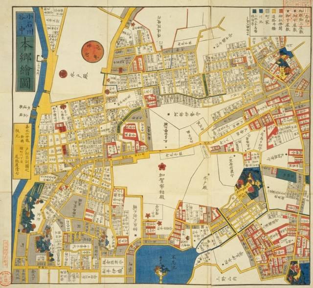 地図中央左の広い敷地が前田家の屋敷です。