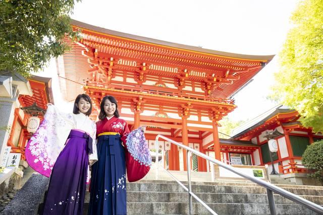 近江神宮はかるたの聖地としても有名