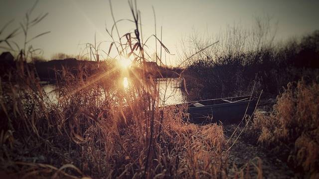 Free photo: River, Boat, Water, Wooden Boat - Free Image on Pixabay - 2146747 (6404)