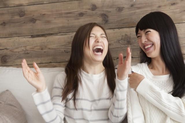 恋のチャンスをつかむ!歯を見せるor見せない笑顔の違いとは?