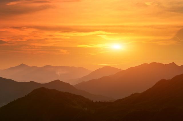 2017年六白金星の運勢と凶方位【恋愛運】