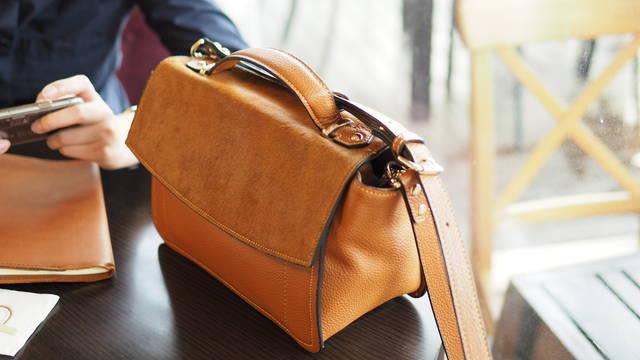 【カバンの風水】鞄は良縁を招くアイテム!運気があがる鞄の特徴