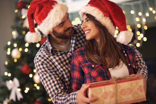 クリスマスまでに運命の彼とのチャンスをモノにする方法3選[PR]