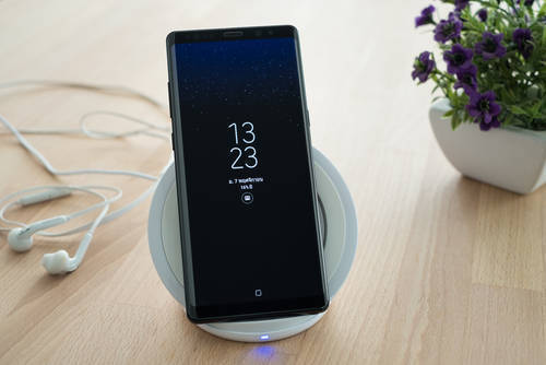 iPhoneのワイヤレス充電器とは?使うにあたっての注意点