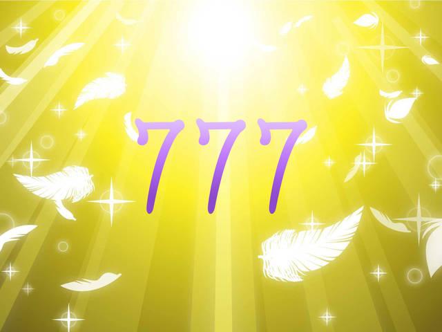エンジェルナンバー777の意味-恋愛や復縁など天使からのメッセージ-