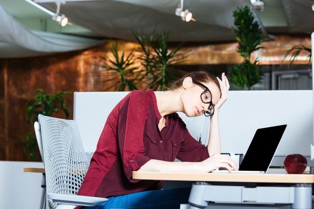 嫌な仕事を続ける方法|リフレッシュと仕事運アップ風水が鍵