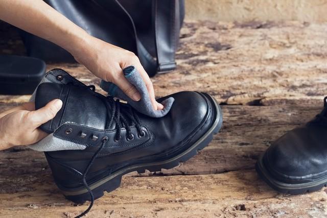 恋愛運の引き寄せの法則/毎日靴を磨く