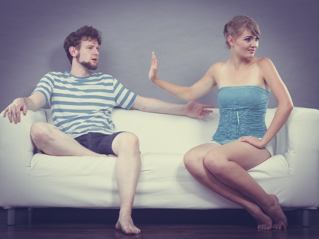 夫婦生活の悩みは生理的拒否