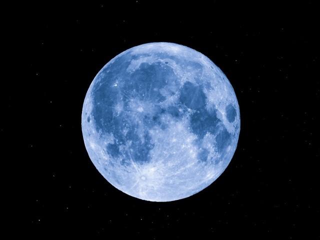 彼氏から連絡が来るおまじない 月の力を借りる