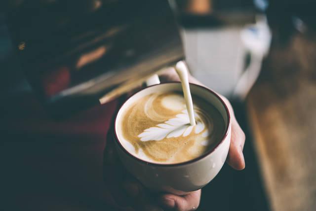 「泣きたい」「泣いていいよ」甘いカフェオレはあなたの心に寄り添う
