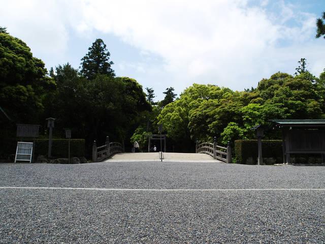 他の神社とは違う!三重県、伊勢神宮のお守りのパワーと種類をチェック!