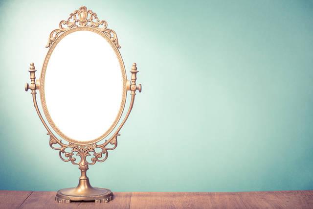 《鏡の簡単風水》運気アップの鏡の位置とおすすめの鏡の形をご紹介☆