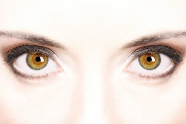 【人相学】あなたはどんな目の形?目の形で宿っている精神力がわかります!