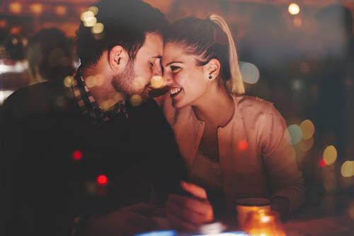 クリスマスまでに彼氏ができる?!短期間で恋を引き寄せる6メソッド