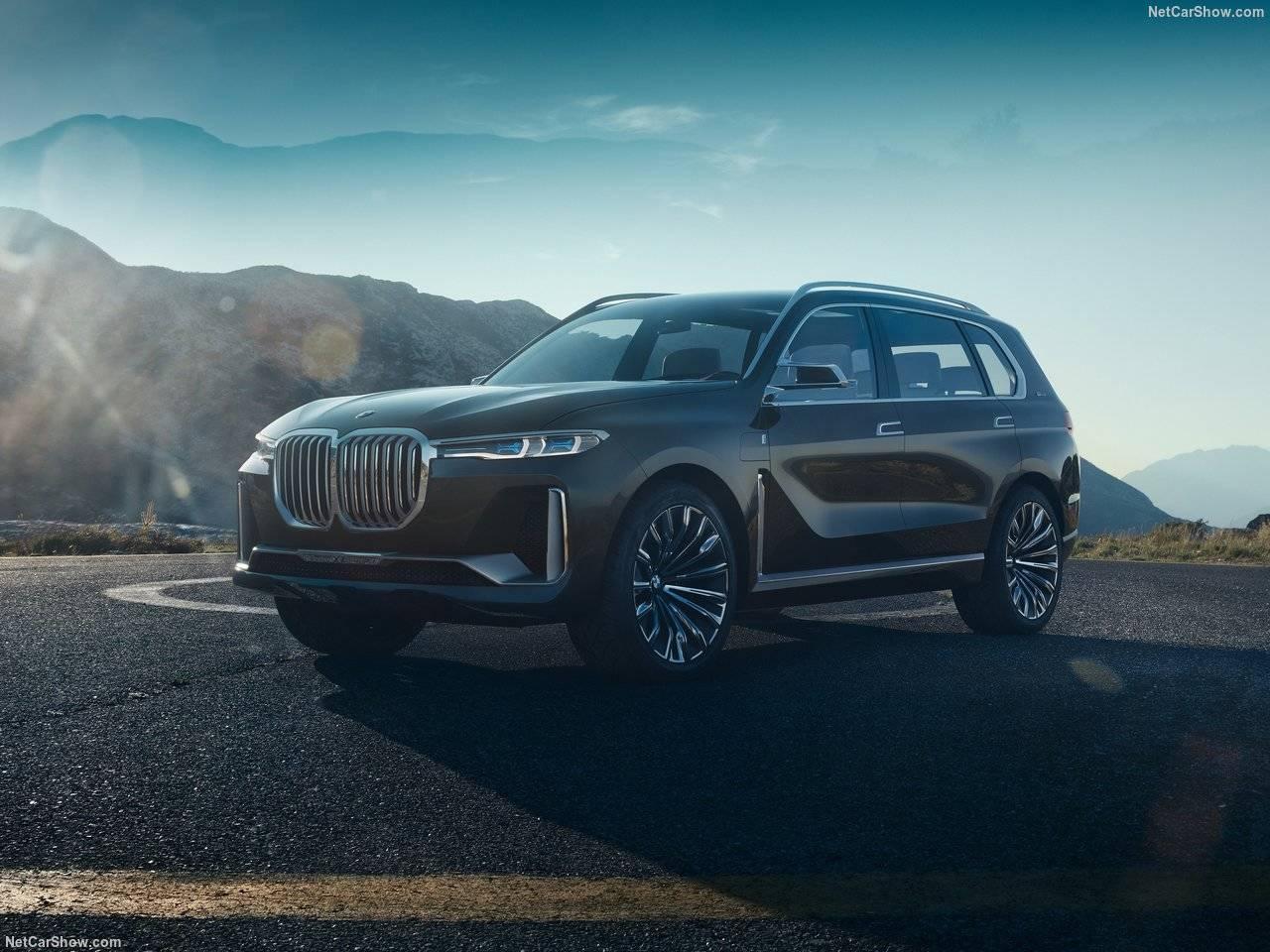 BMW X7が2018年末にも日本導入? 広々3列シート! パワートレーンは? そして価格はいかに?
