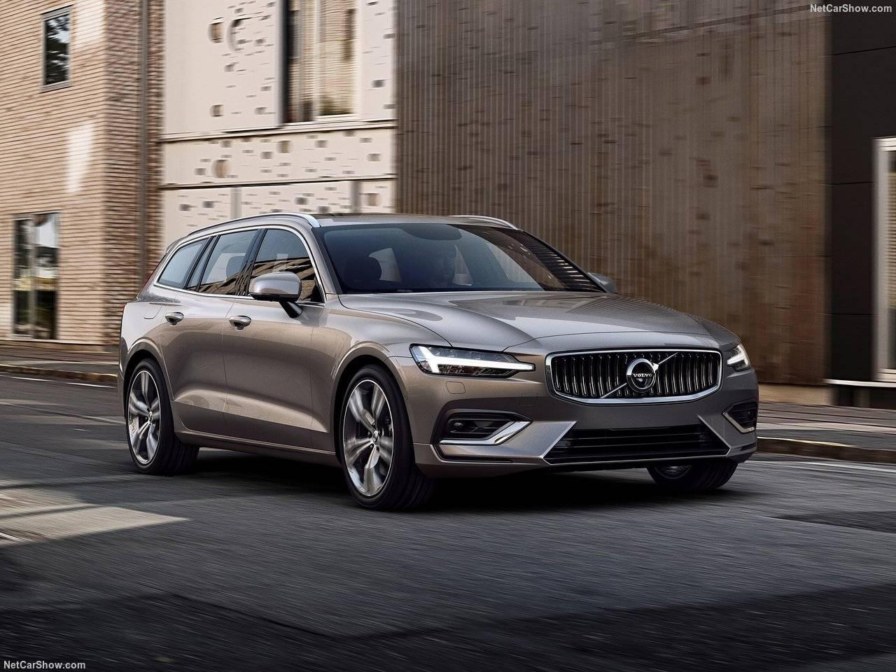Volvo V60がモデルチェンジを発表!価格や発売時期を予想!さらにシックな仕上がりに!!!