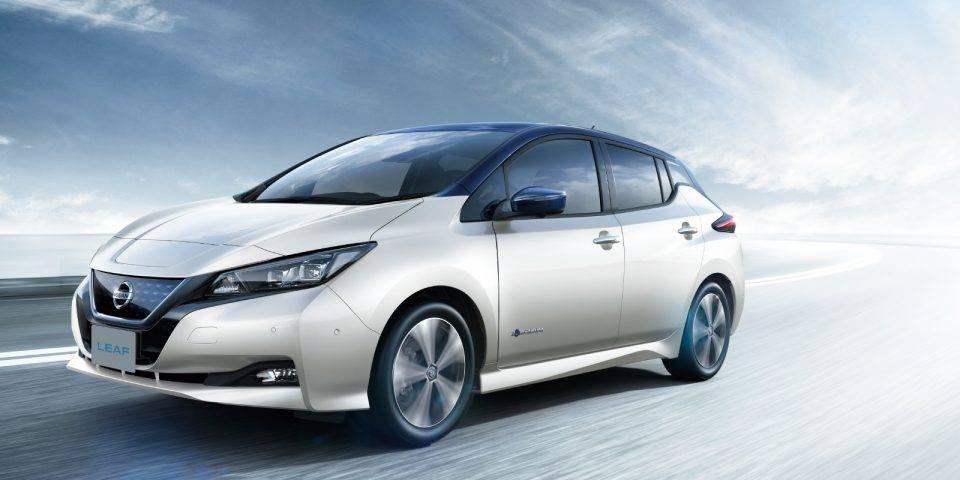 【EV対決】VW e-ゴルフ VS 日産リーフ!どちらの電気自動車があなたにぴったり?
