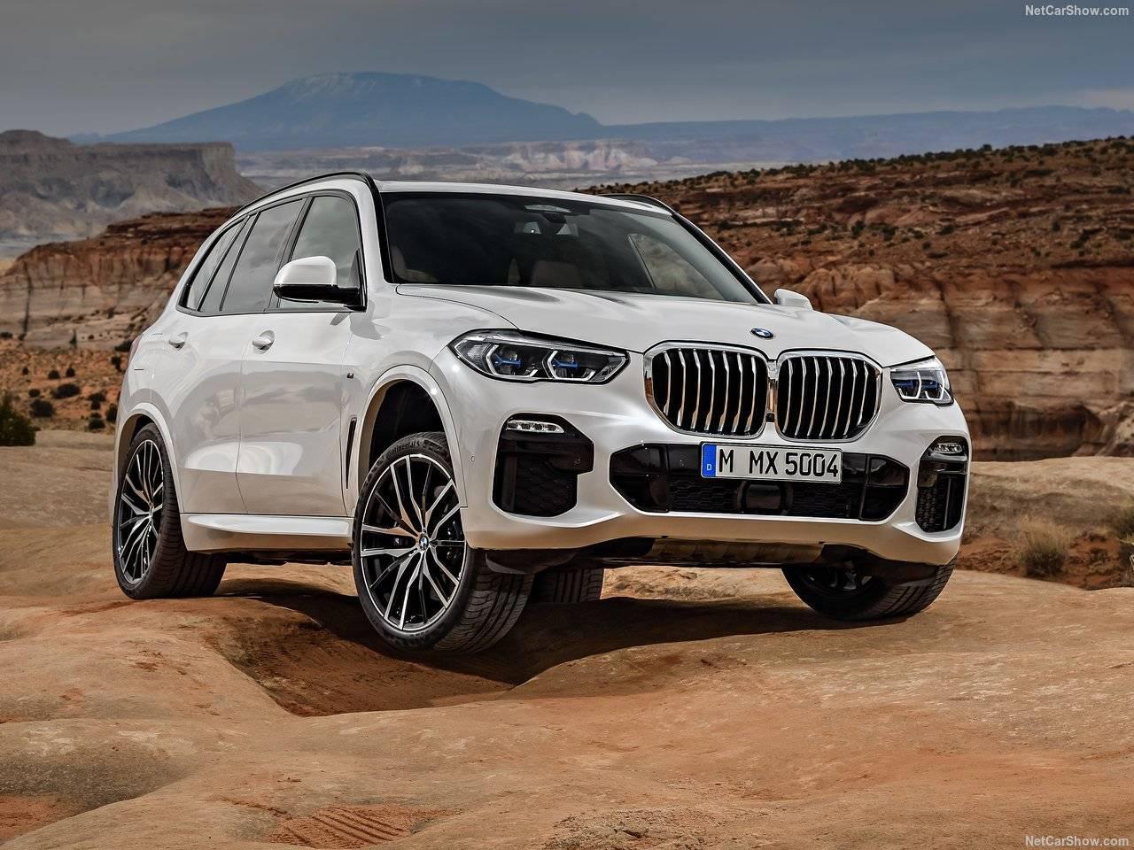 BMWから新型X5が始動、フロントフェイスが刷新され、パワートレイン等も改良?!