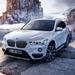BMW「X」次期型、波打つテールライト。軽偽装で突如姿現した!