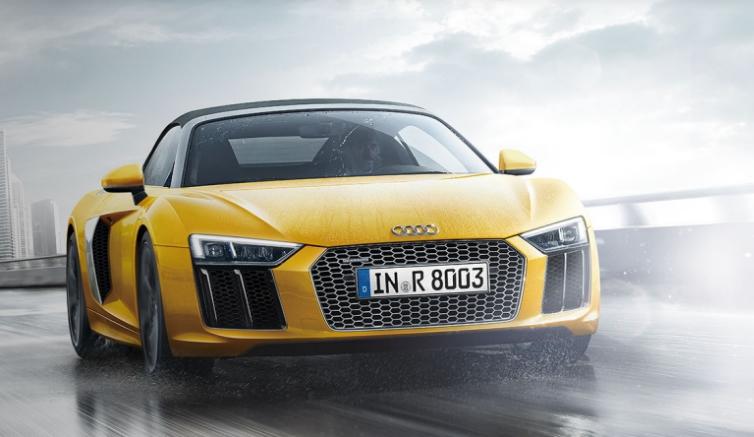 アウディ「R8」開発車両は、GT?改良新型?謎の開発車両にスパイダーも出現!